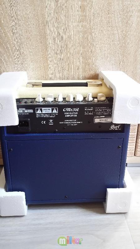 Комбоусилитель для электрогитары CORT CM15R
